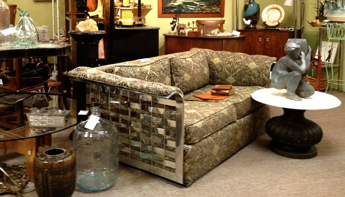 Chrome_Couch_400